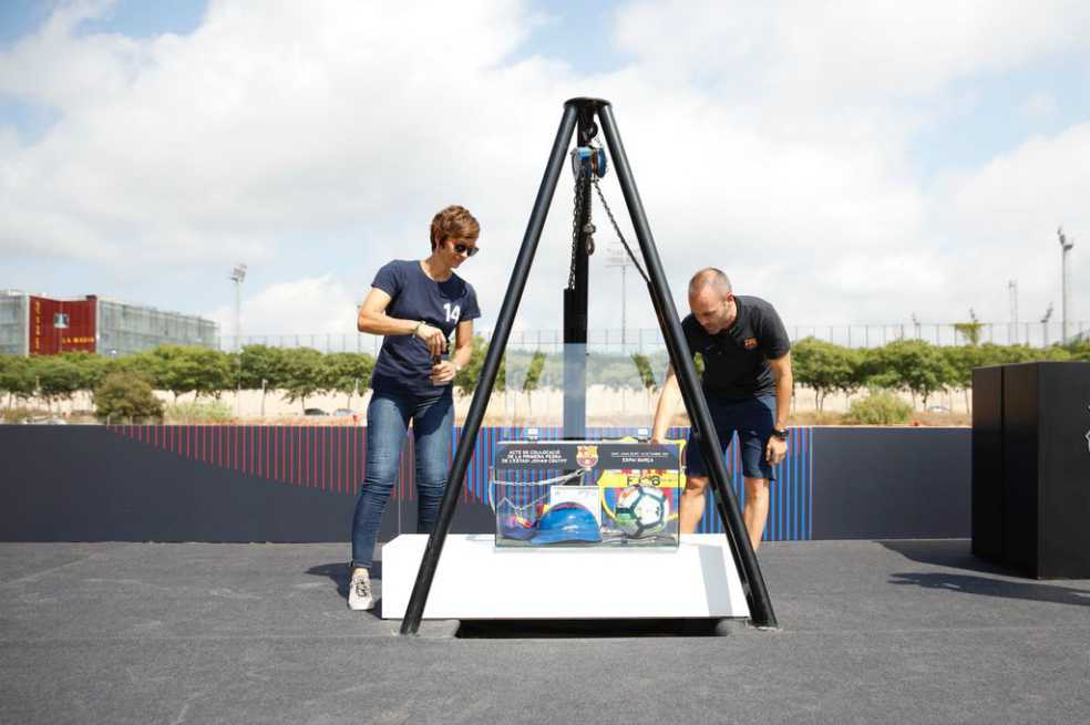 Barcelona pone la primera piedra del Estadio Johan Cruyff