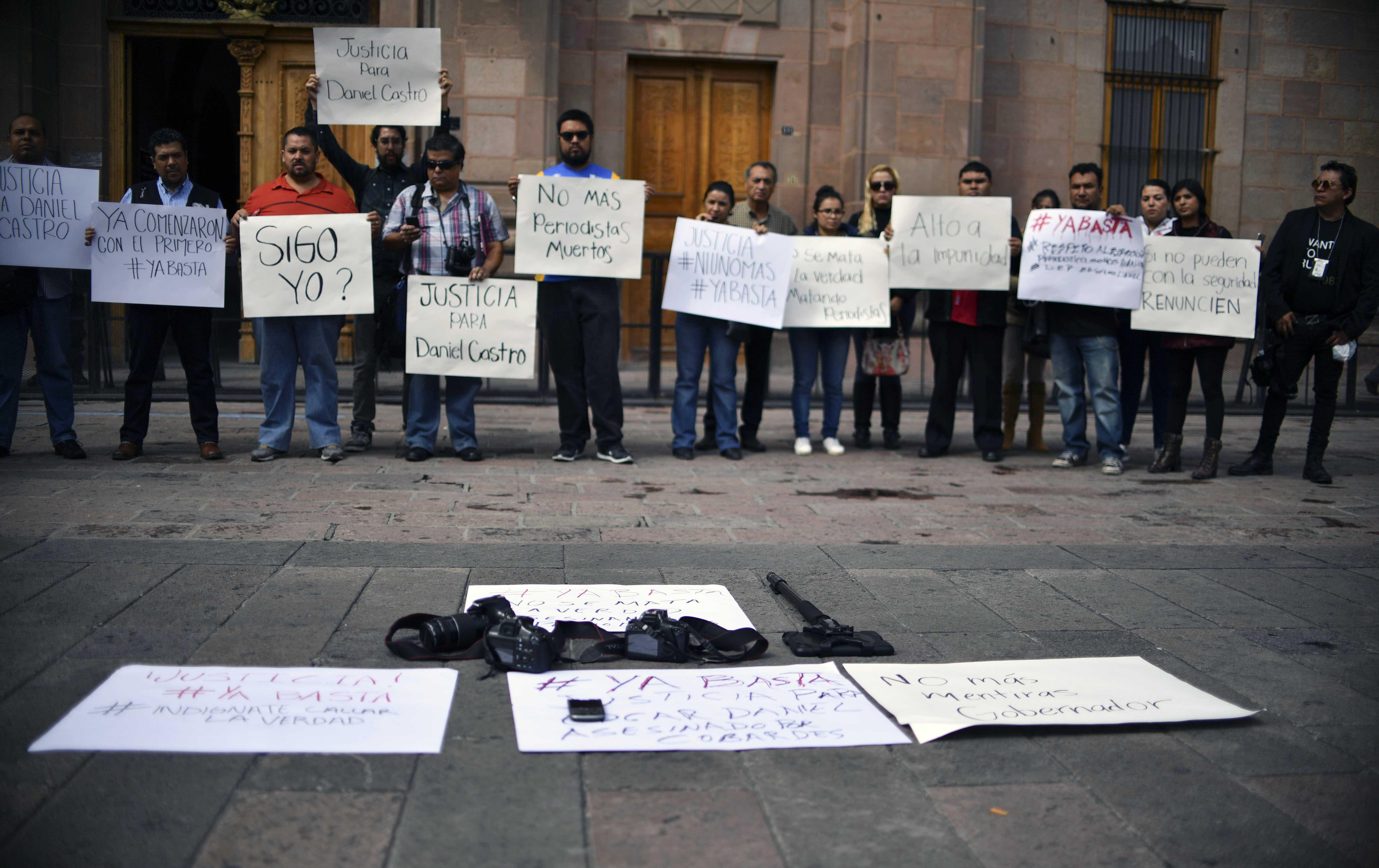 Asesinado fotoperiodista en México, van 11 comunicadores ultimados en 2017