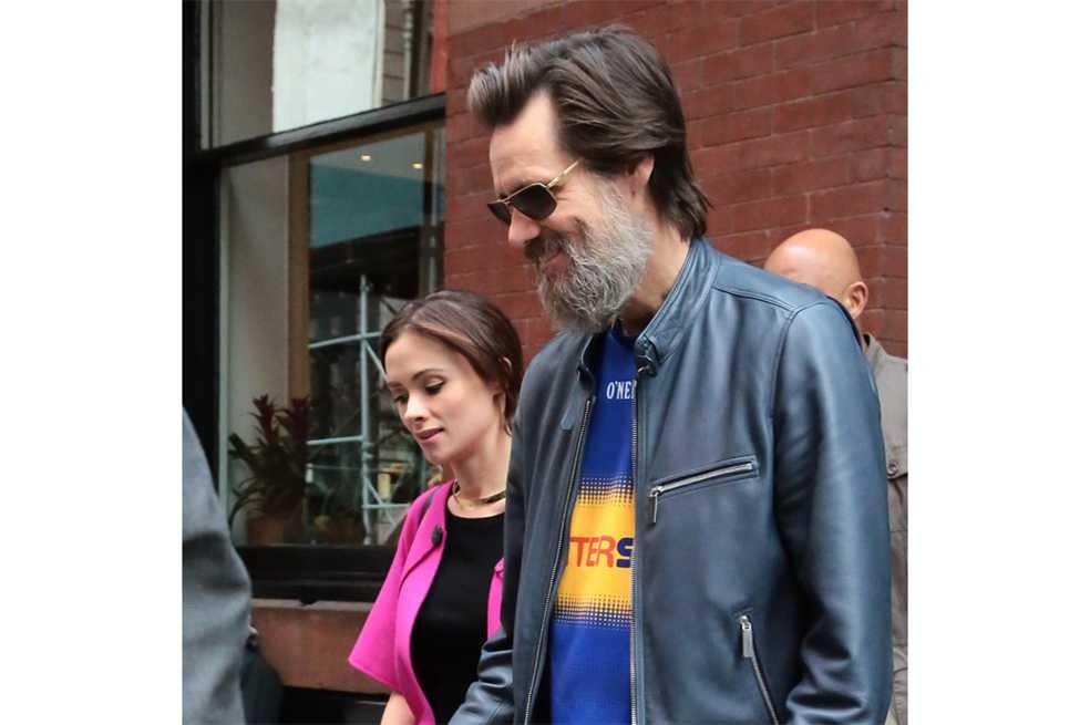 Publican carta en que exnovia de Jim Carrey lo acusa de introducirla a la cocaína