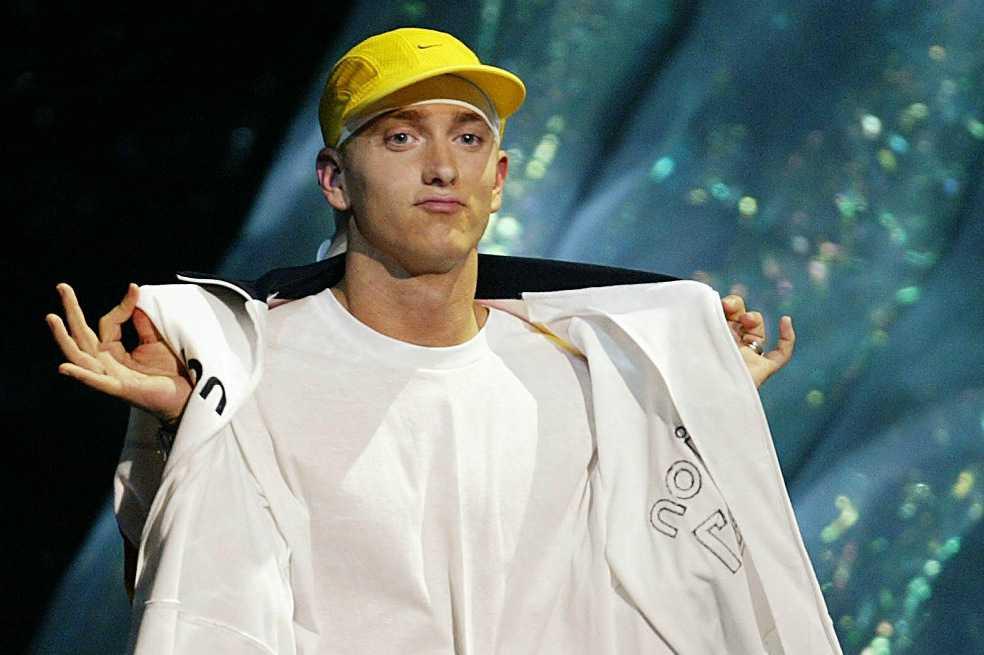 A ritmo de rap, Eminem califica de «racista» a Donald Trump
