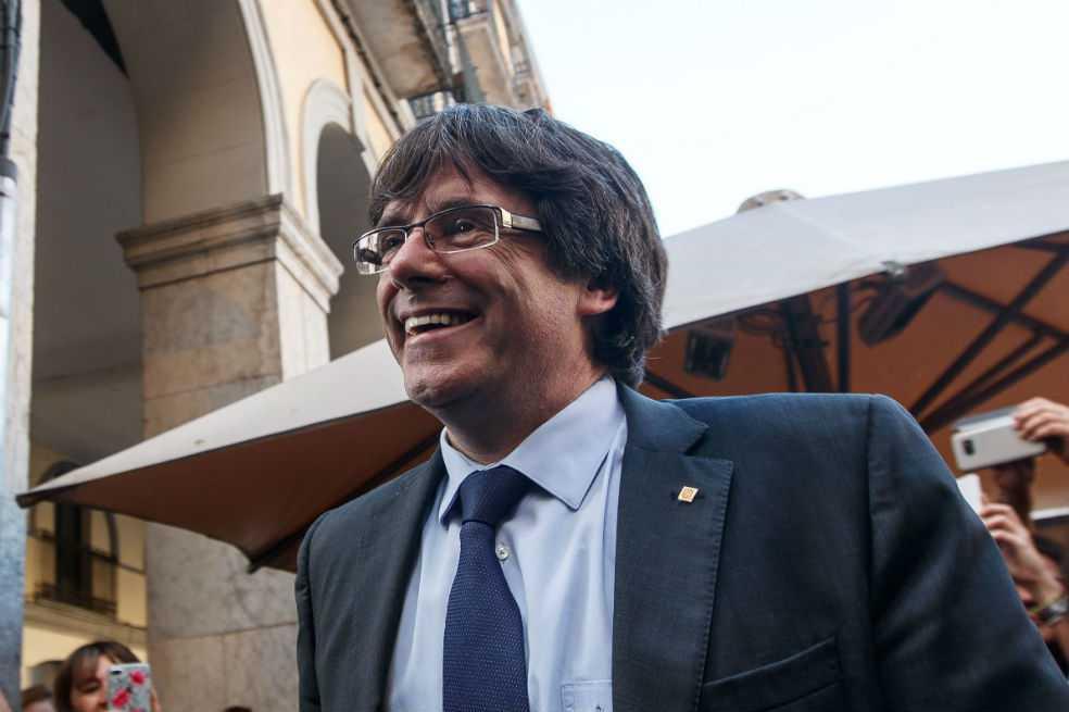 Piden orden de detención internacional contra Carles Puigdemont