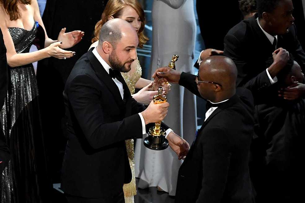 Comercial del Óscar 2018 se burla del error y la confusión entre «Moonlight» y «La La Land»