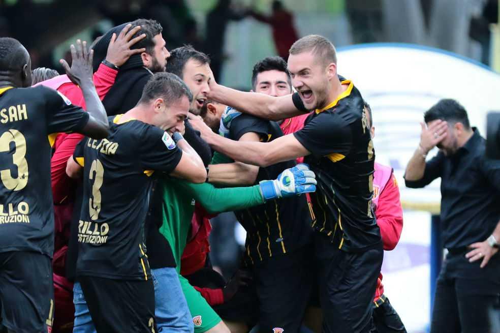 El arquero del Benevento y un gol para la historia del club en la Serie A