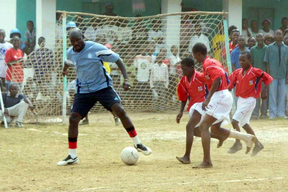 George Weah, el ex futbolista que quedó presidente de Liberia