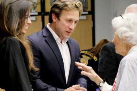 """""""Espero que mis hijas se conviertan en amas de casa"""", el comentario machista de una candidato estadounidense"""