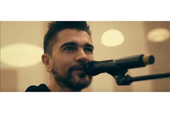 Juanes estrena «Más que tu amigo» en homenaje a Marco Antonio Solís