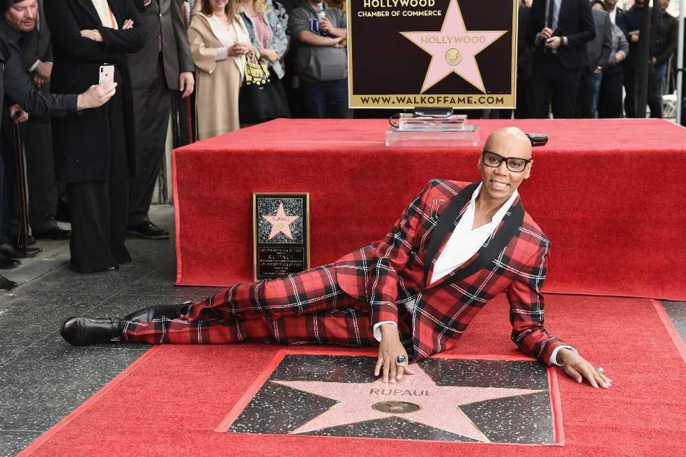 RuPaul, primera drag queen en tener una estrella en el Paseo de la Fama