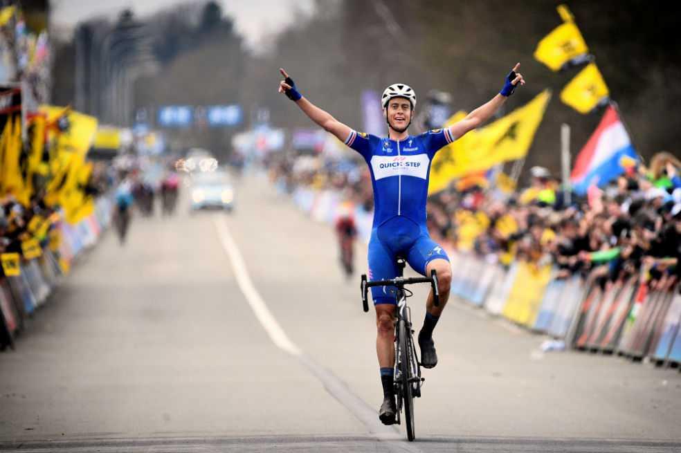 Niki Terpstra logró en Flandes la primera victoria holandesa en 32 años
