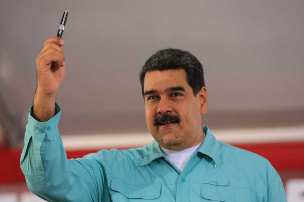 Chavismo advierte consecuencias a quienes participen en debate contra Maduro