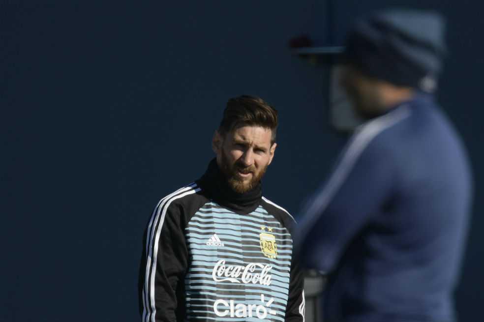 Messi llegó a Buenos Aires para sumarse a los entrenamientos de Argentina