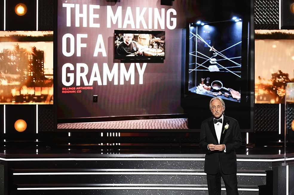 Presidente de los Grammy dejará su cargo tras ser acusado de sexismo
