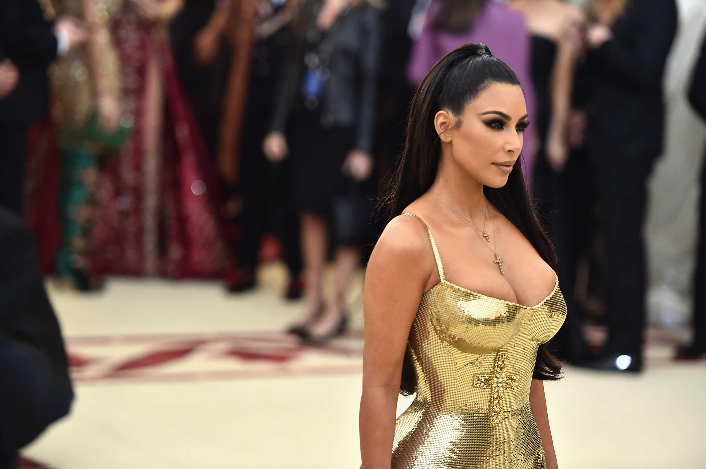 Kim Kardashian desafía las reglas de Instagram con un desnudo