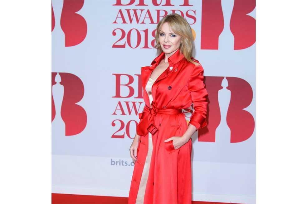 Kylie Minogue cumple 50 años y estrena videoclip