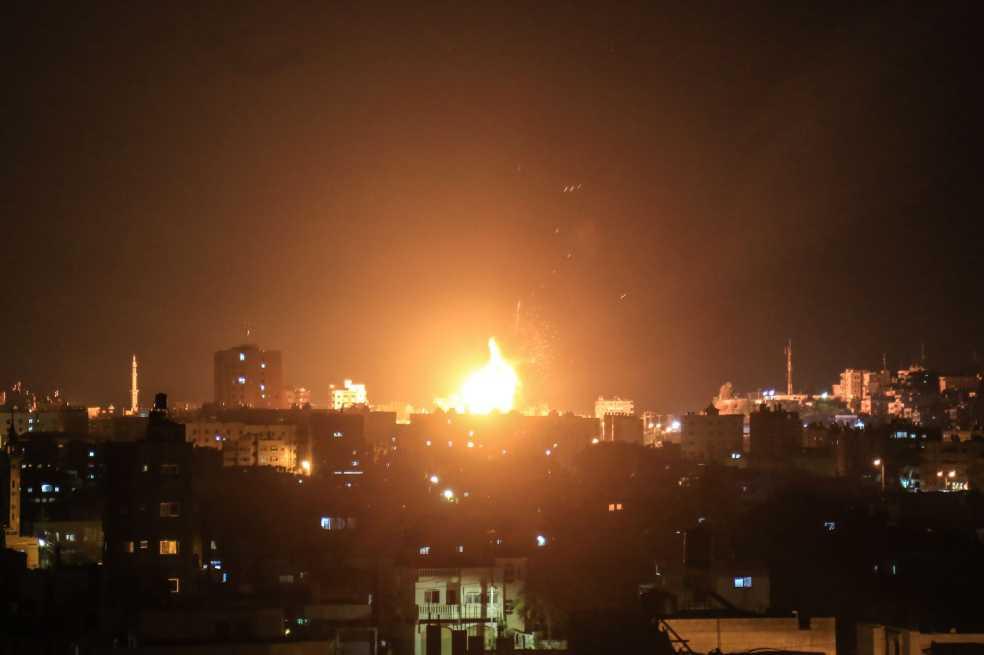 Lanzamientos de cohetes y bombardeos vuelven a tener a Gaza en tensión