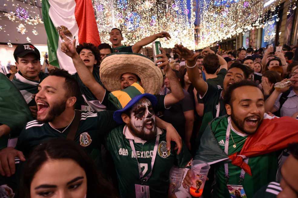 La FIFA multó a México por cantos «discriminatorios» de sus seguidores