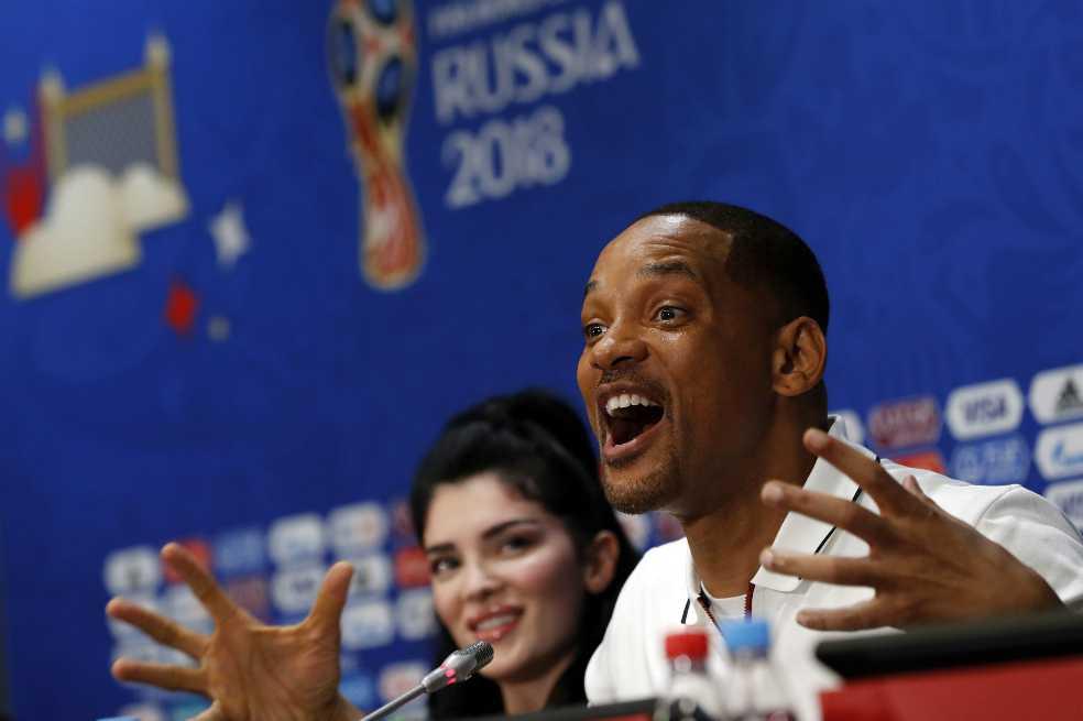 Will Smith alaba a Cristiano y defiende a Neymar de las críticas