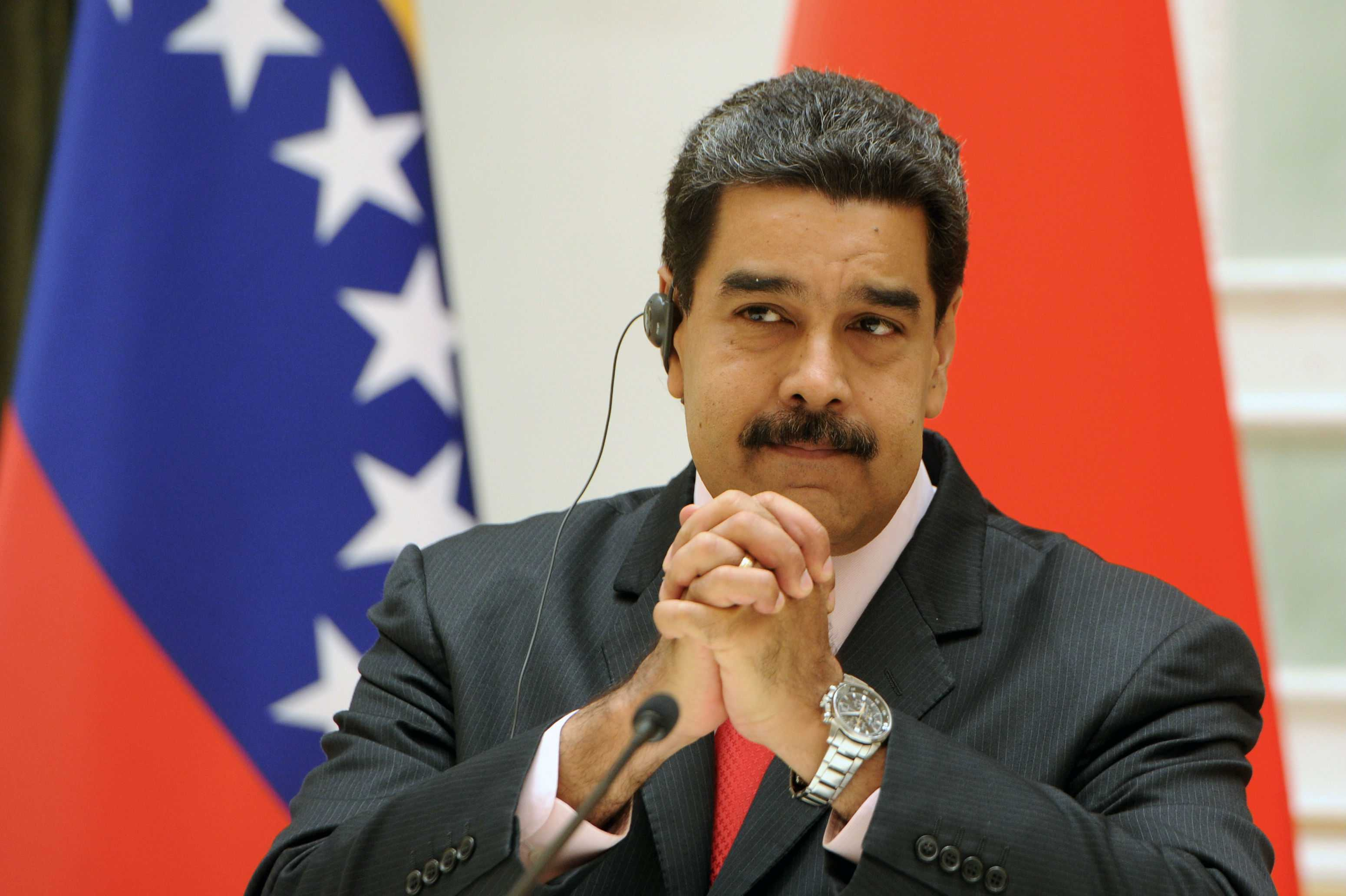 Maduro dice que EE.UU. prepara «provocaciones» en frontera colombo-venezolana