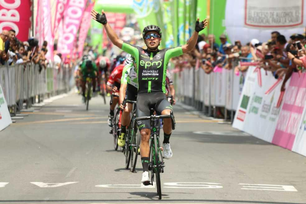 Diego Ochoa se quedó con la segunda etapa de la Vuelta a Colombia