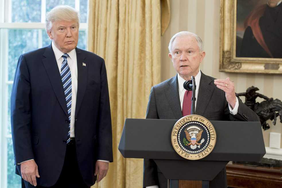 ¿Crisis entre el Fiscal general de EE.UU y Trump?