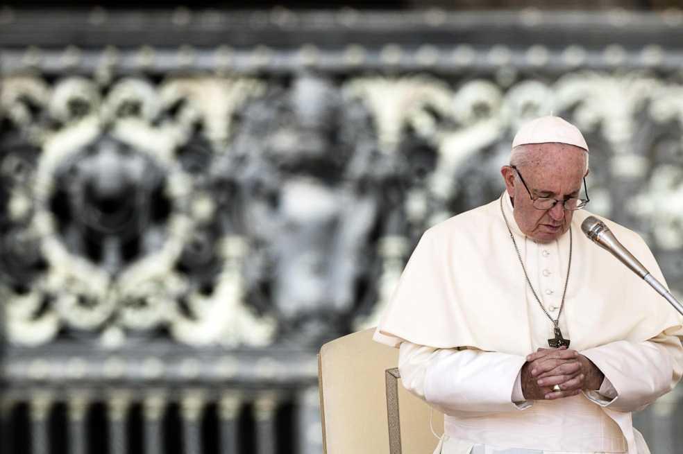 Cardenal portugés denuncia campaña de ultraconservadores contra el Papa