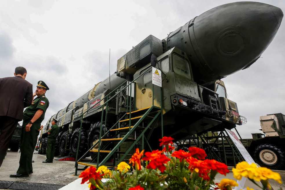 Robots y tanques, las nuevas armas de Putin