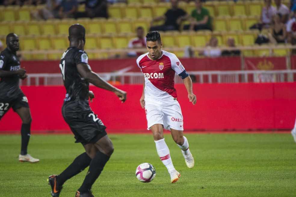 Con gol de Falcao, Mónaco empató 1-1 con el Nimes
