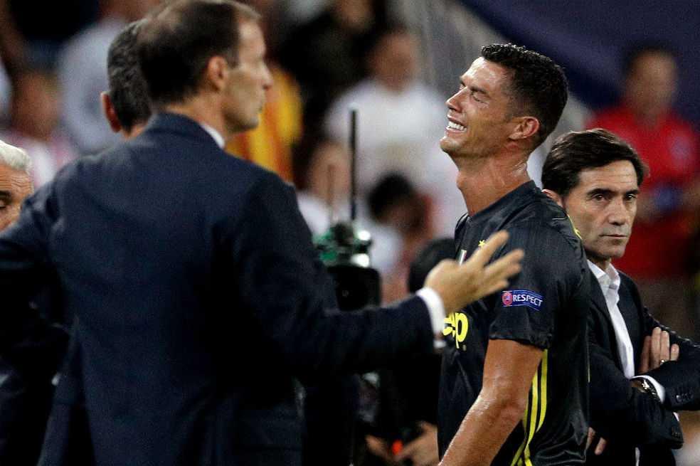 Cristiano fue expulsado y salió llorando en su primer partido de Champions con la Juventus