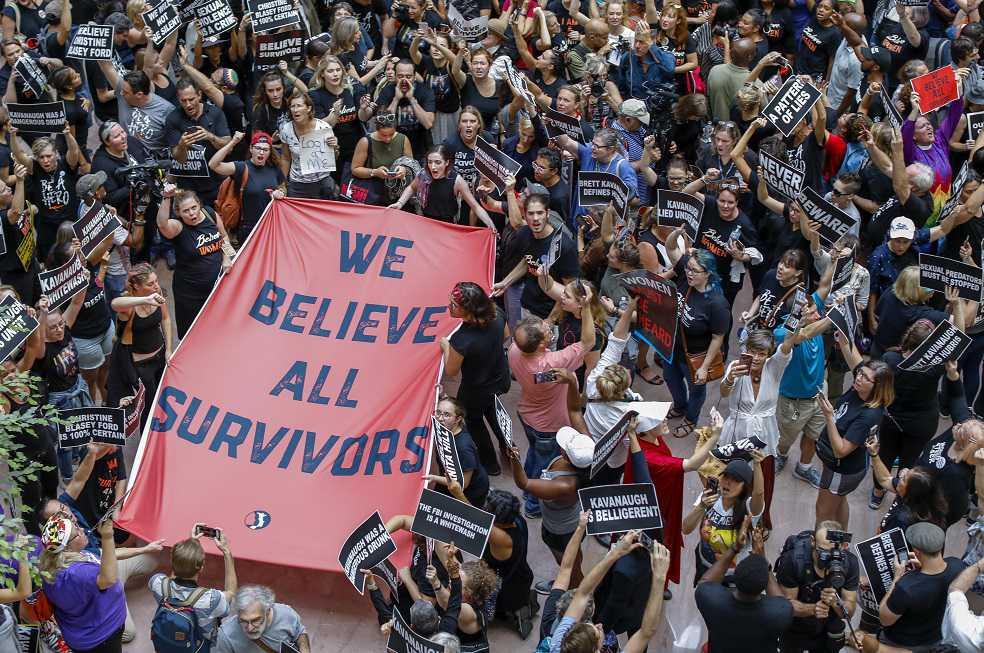 Miles de estadounidenses protestaron contra Kavanaugh frente al Tribunal Supremo