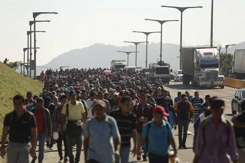 Nueva caravana de 2.000 migrantes salvadoreños rumbo a EEUU