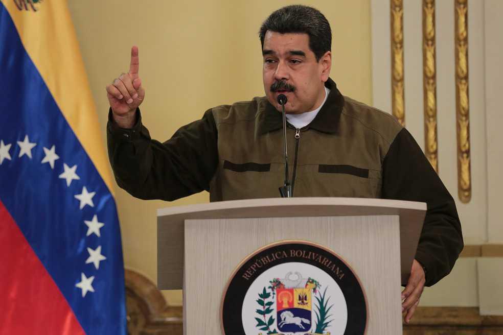 Maduro ordenó reforzar la frontera con Colombia por presencia de grupos guerrilleros