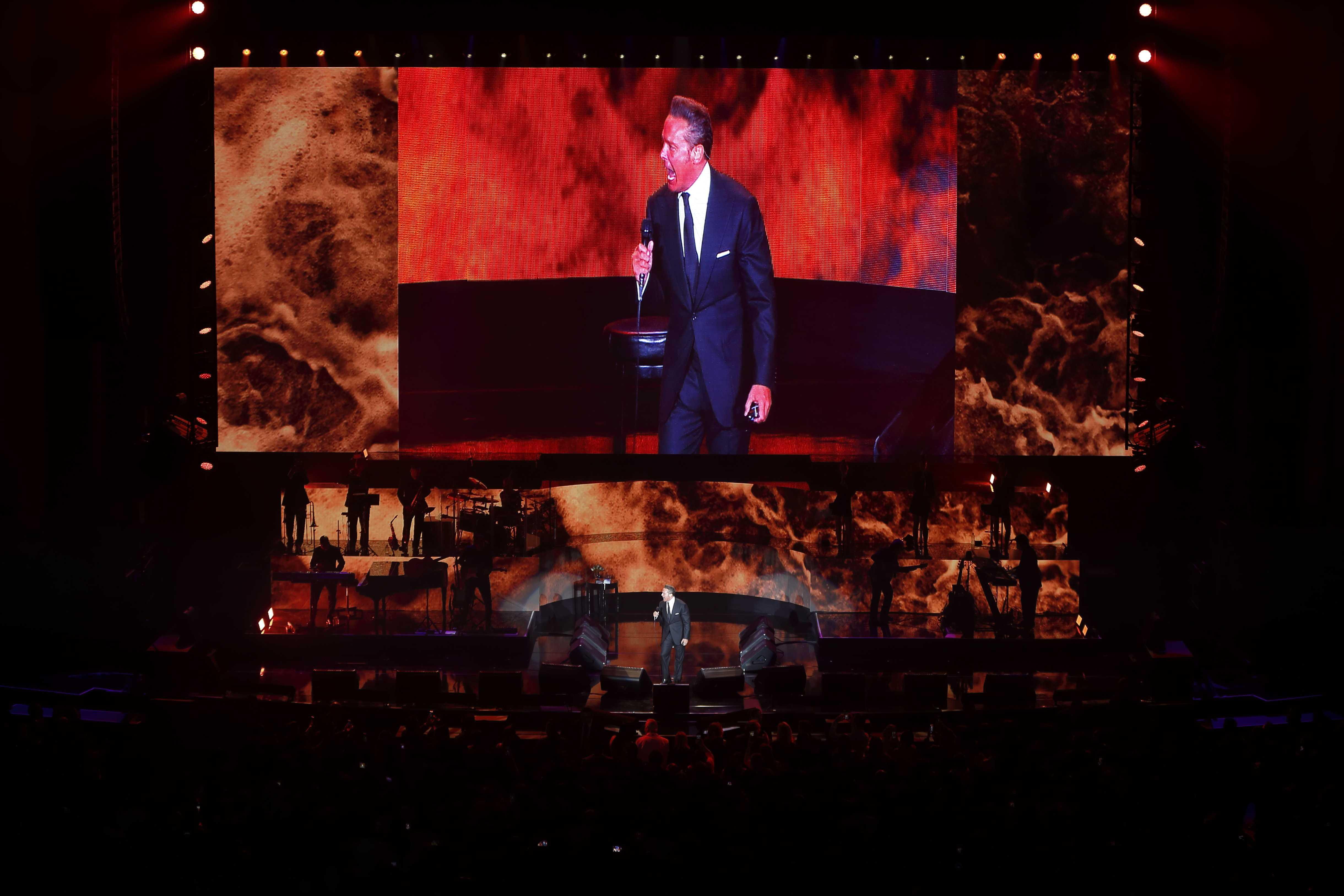 Luis Miguel anuncia concierto en Colombia