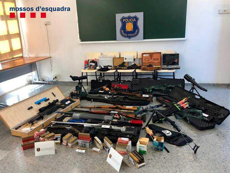 Policía española detiene a hombre que amenazó con matar al presidente Pedro Sánchez