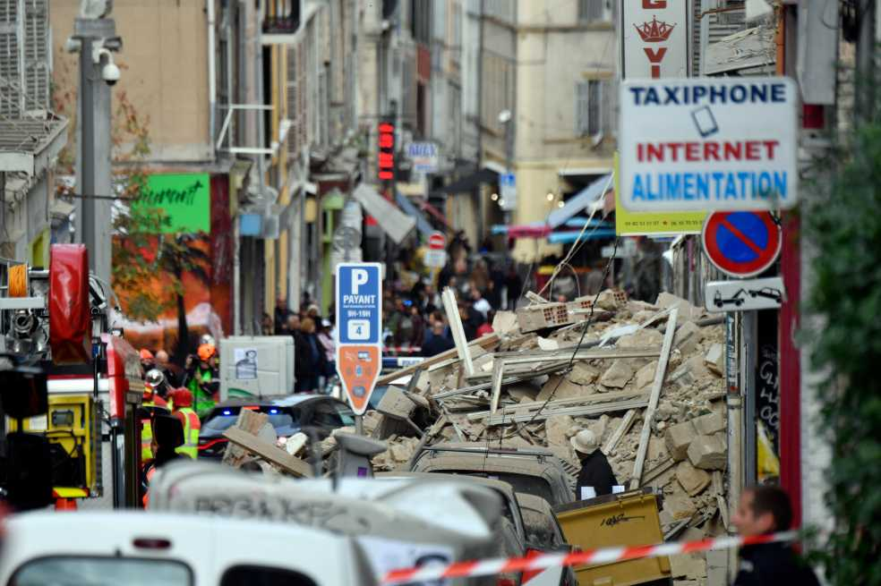 Cuatro muertos y varios desaparecidos tras derrumbe de dos edificios en Marsella