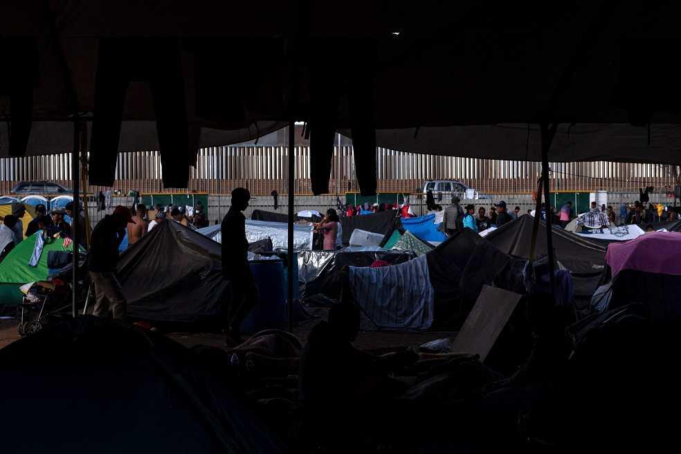 Migrantes de la caravana harán huelga de hambre para presionar a Estados Unidos