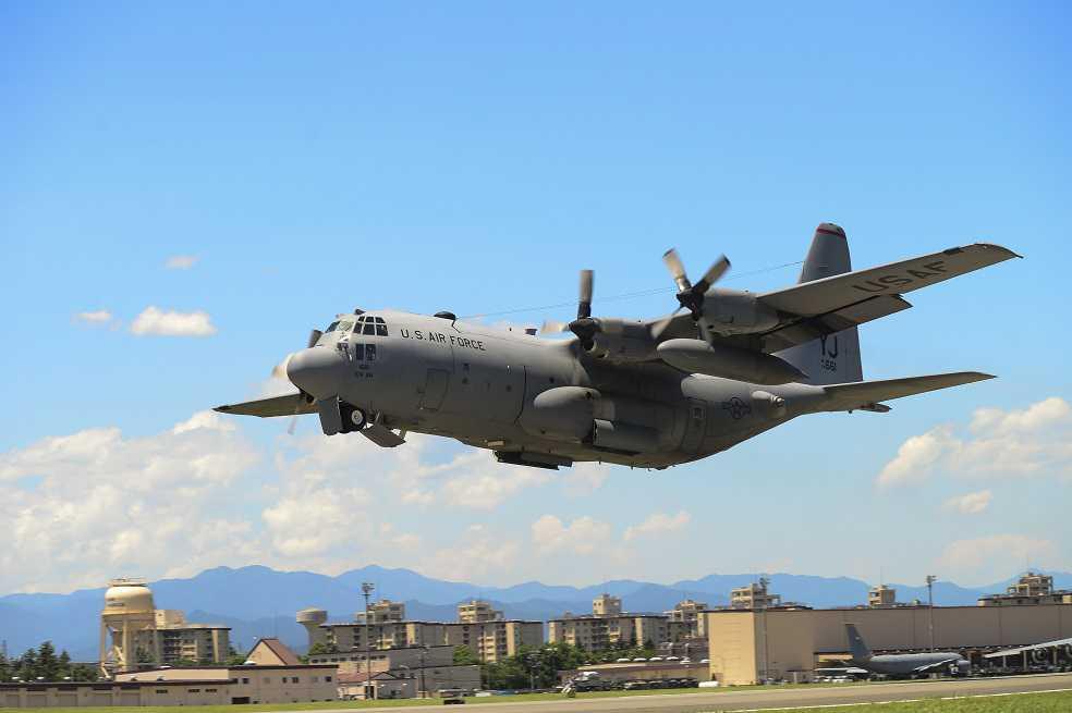 Seis desaparecidos tras colisión de dos aviones del ejército de EEUU sobre Japón