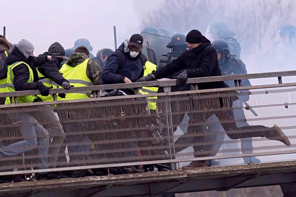 Francia en alerta por nueva movilización de los 'chalecos amarillos'