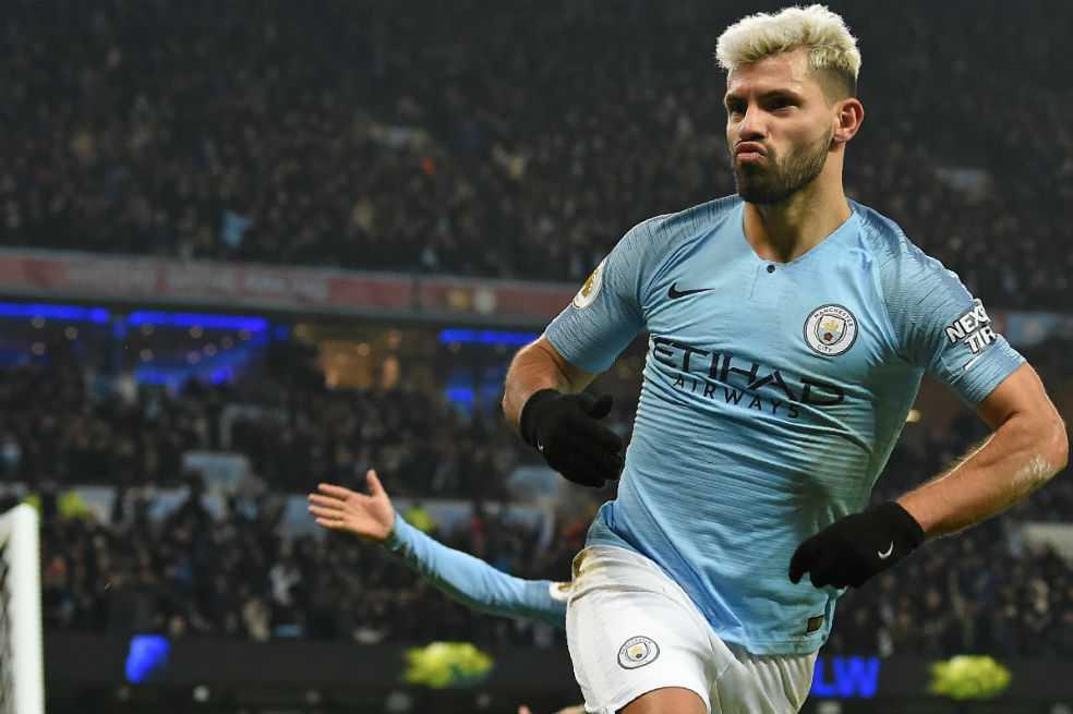 Manchester City le ganó al Liverpool un duelo crucial por el título de la Premier League