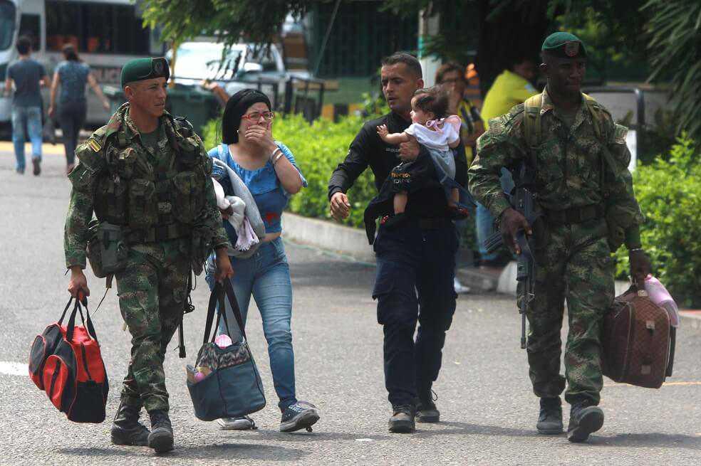 Más de 80 militares venezolanos desertaron en las últimas horas