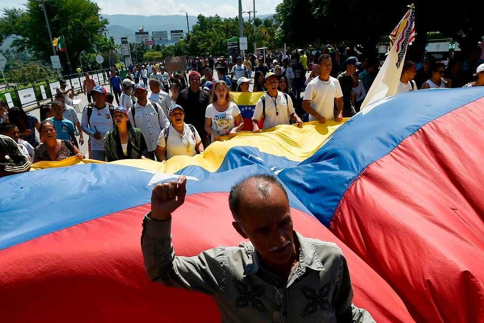 EE.UU. enviará a Colombia ayuda para Venezuela en aviones militares, ¿por qué?
