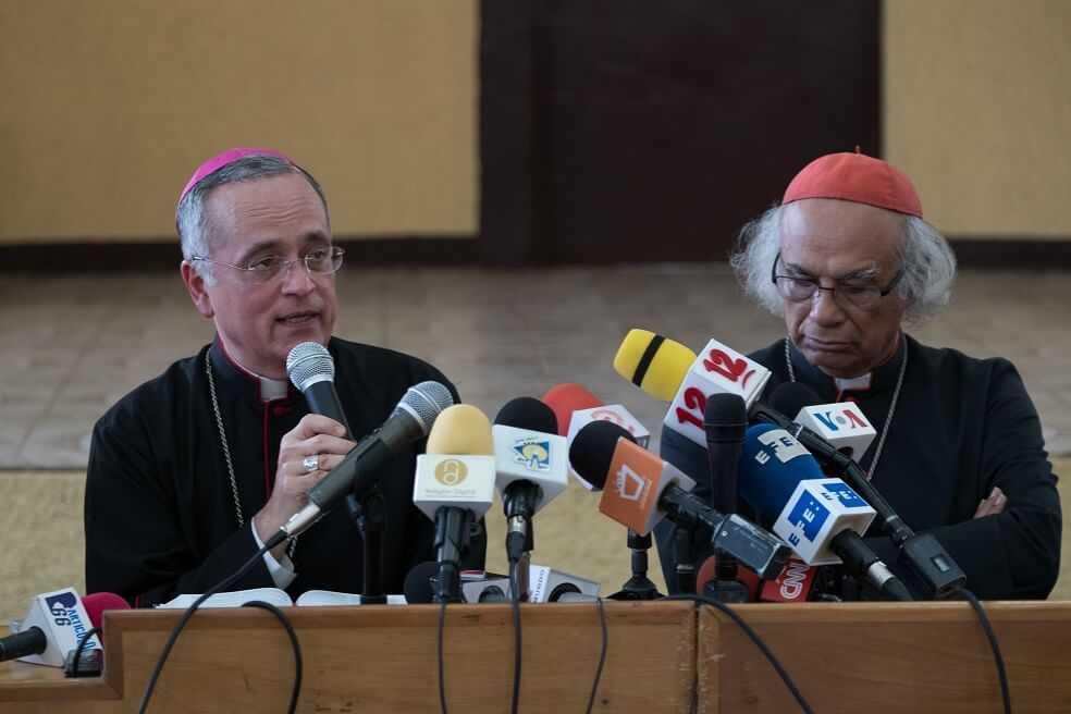 Obispo nicaragüense, Silvio Báez, denuncia amenazas de muerte y anuncia su traslado al Vaticano