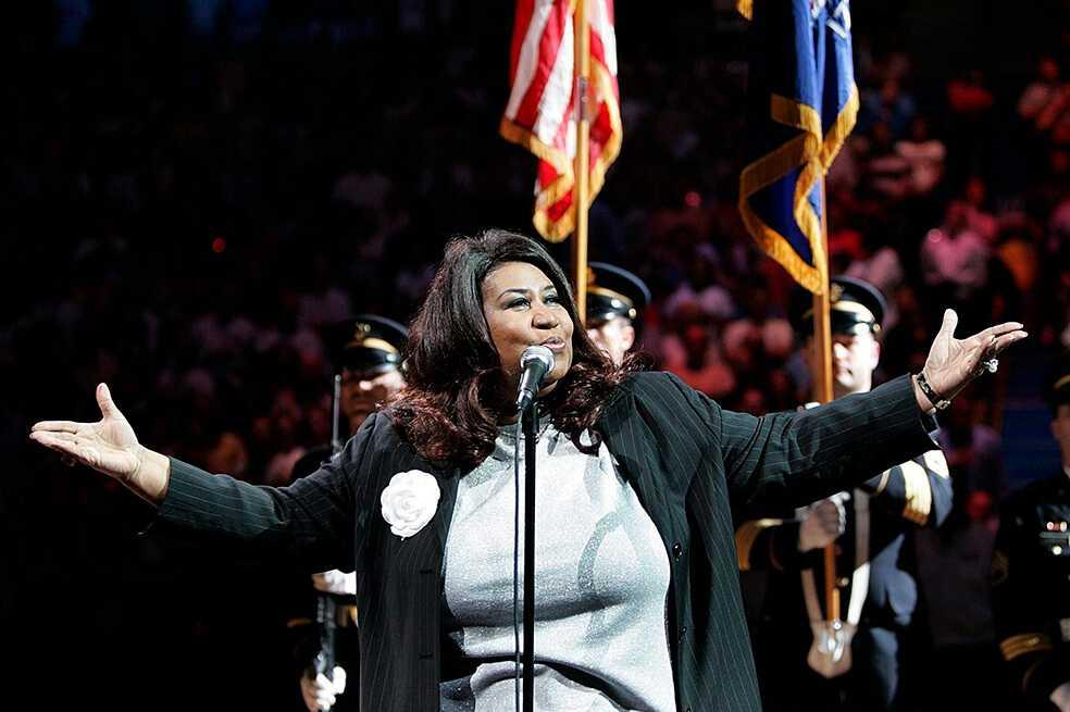 Encuentran en casa de Aretha Franklin supuestos testamentos escritos a mano