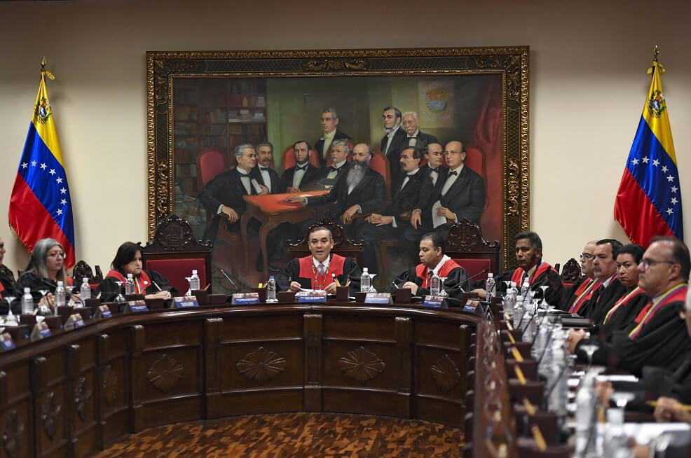 Tribunal Supremo de Venezuela ordenó enjuiciar a otros tres diputados opositores