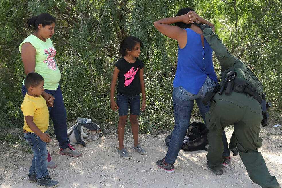 Los riesgos mentales que corren los niños migrantes de Nicaragua según Unicef