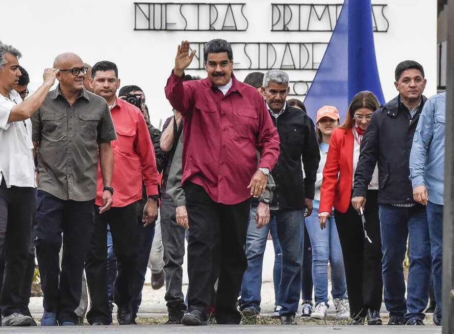 EE. UU. considera que Maduro es «insostenible» para rusos, chinos y militares