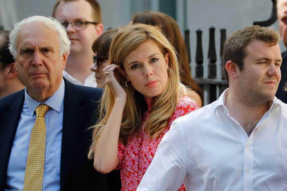 ¿Quién es Carrie Symonds, la novia ambientalista del nuevo primer ministro británico?