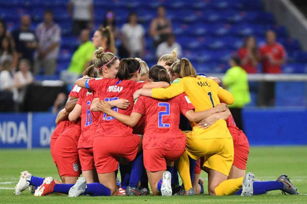 Estados Unidos venció a Inglaterra y es finalista del Mundial femenino