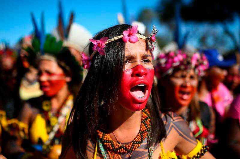Las 2.003 razones de las mujeres para marchar en Brasilia este martes