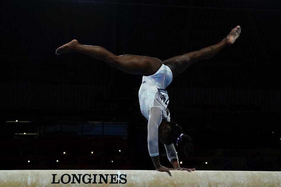 Simone Biles ganó su oro 16 en Mundial de gimnasia