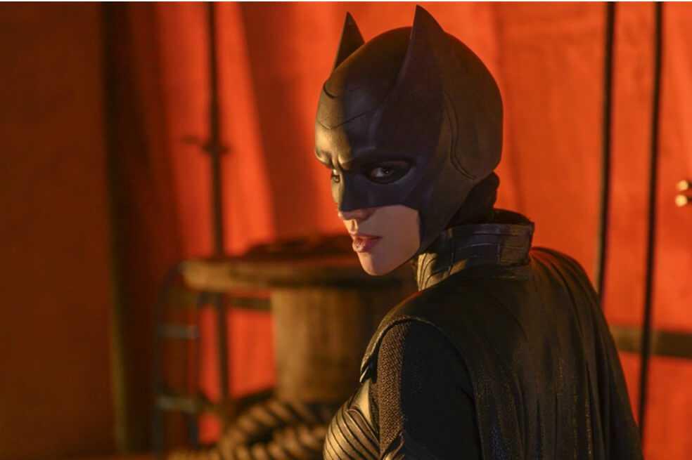 Ruby Rose estuvo a punto de quedar paralítica en el rodaje de «Batwoman»
