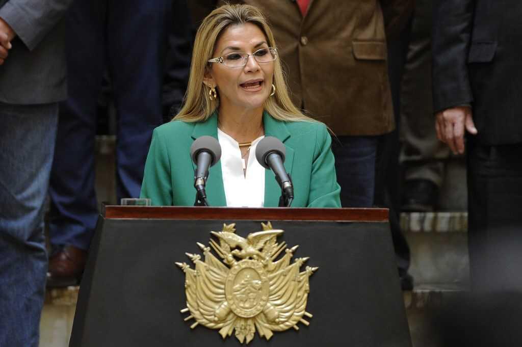 Bolivia sigue tomando distancia de la era Evo Morales y suspende relaciones con Cuba